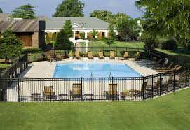 Maxwell House Pool